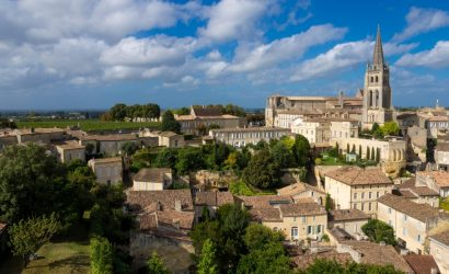 Saint Emilion amongst the vineyards