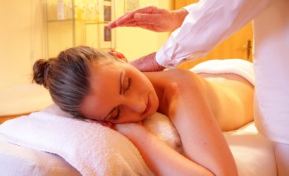 Massage on a wellbeing spa break to Burgundy France